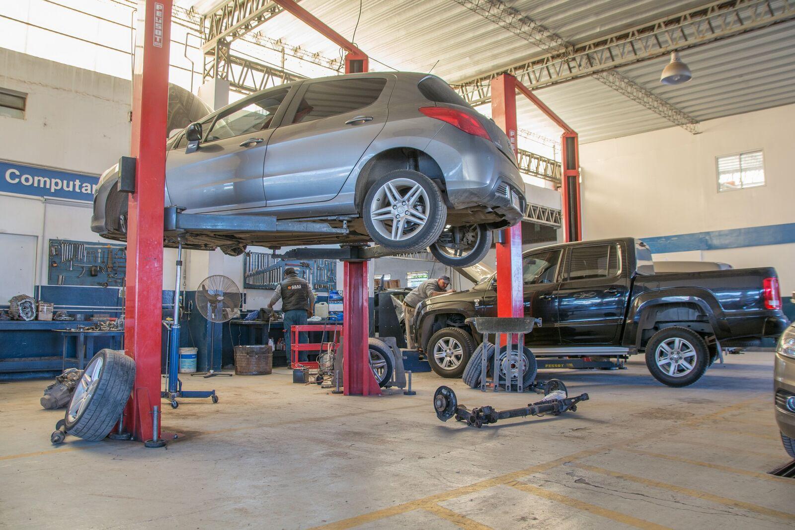 requisitos para abrir un taller mecánico